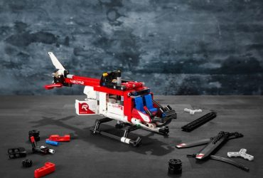 LEGO-42092-Technic-Rescue-Helicopter-B-1.jpg
